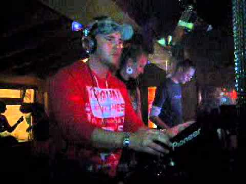 DJ Mystery vs Dalora @ Liquid Nite Himmerich 20-04-2011.wmv