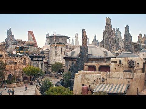 Reportage : Les Visiteurs Découvrent Star Wars  Galaxy's Edge à Disneyland Park