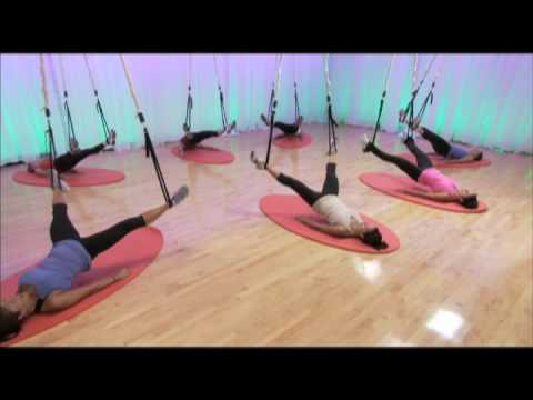 Jukari  Fit to Fly, fitness y acrobacias para chicas con Reebok 2