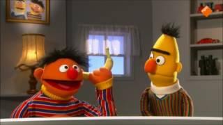 Bert en Ernie, banaan in je oor