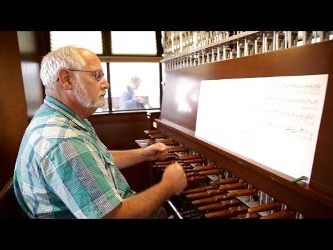 Carillon | Campanile 100