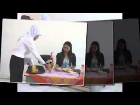 Group 2 from English for Tourism 2 BLKI Semarang