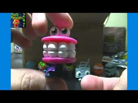 Opening a Moshi Monsters Moshlings Series 4 Blind Pack BOX Part 1 / 4