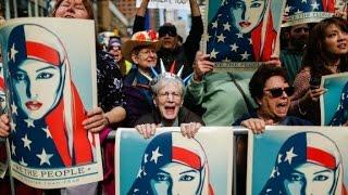 Music mogul leads pro Muslim rally in NYC
