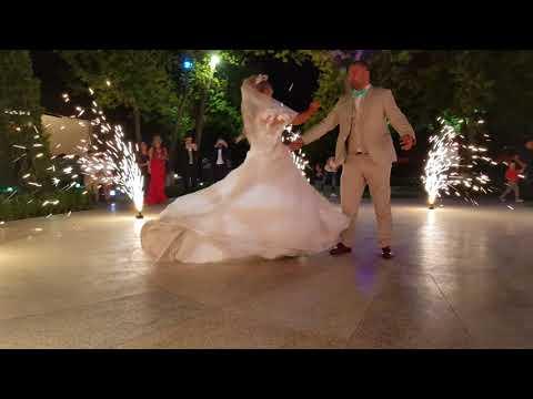 Wedding Dance In Ureni Restaurant