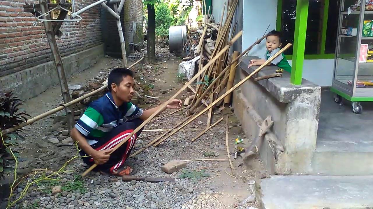 Cara membuat pintu dari Bambu sederhana - YouTube