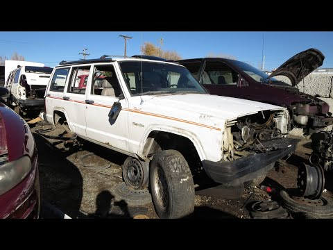Found my Jeep at the junk yard!