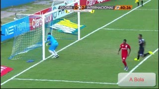 What a save! Gloria - International (Brazil)