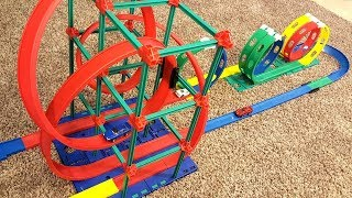 Darda Create-A-Course Building System Wind Up Car Loop Track Set