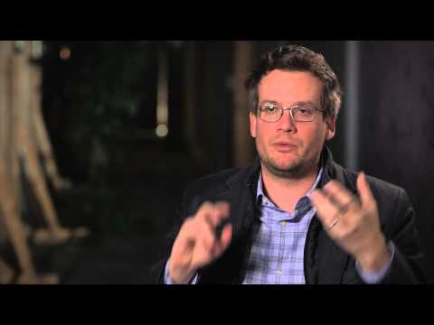 Paper Towns: Author John Green Behind the Scenes Movie Interview
