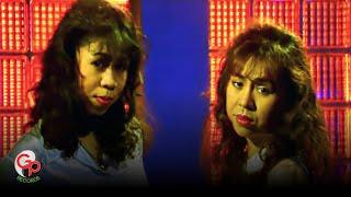 Download Lagu Ratih P & Endang S - Antara Benci Dan Rindu (Official Music Video) mp3