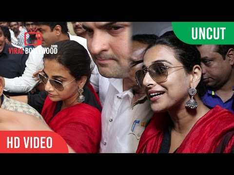 UNCUT - Vidya Balan and Siddharth Roy Kapur at Aurora Talkies to Watch Kabali | Rajinikanth, Radhika