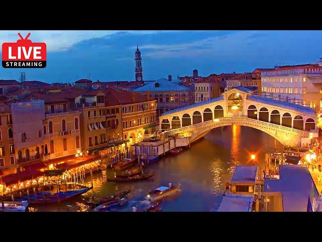 Venice Italy Live Cam - Rialto Bridge in Live Streaming from Palazzo Bembo - Live Webcam Full HD