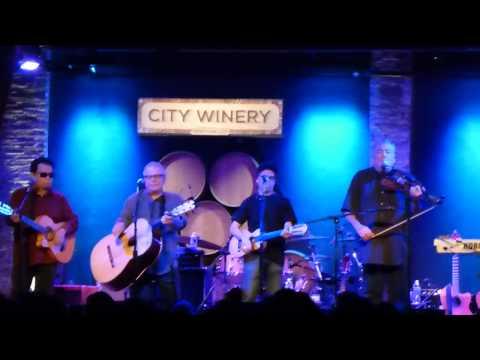 Los Lobos - El Gusto 12-21-14 City Winery, NYC