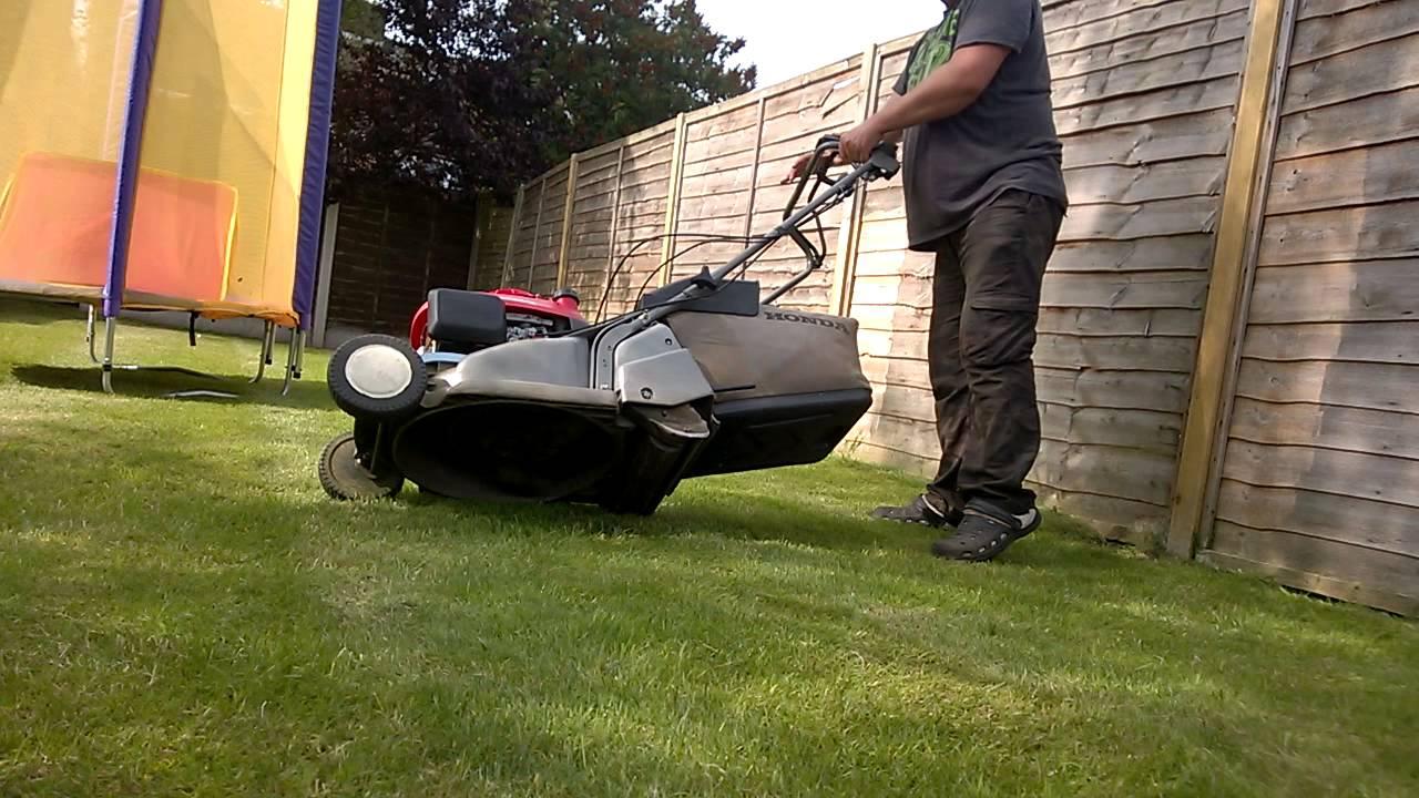 Petrol Lawnmower Honda Hrb425c Qxe Self Propelled With