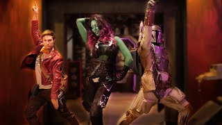 BOBA FETT vs STAR-LORD & GAMORA - DANCE OFF