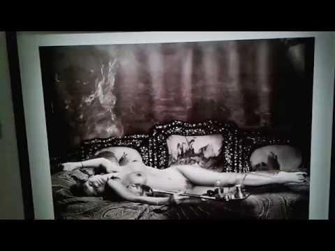 expo bettina rheims maison europ enne de la photographie paris mars 2016 youtube. Black Bedroom Furniture Sets. Home Design Ideas