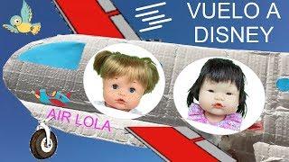 Muñecas bebes nenuco y paw patrol en español:Lola, Chase y Skye viaje en avion a Disney land paris