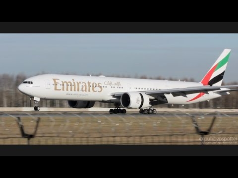 Emirates Boeing 777-300ER slow landing in strong wind at St. Petersburg airport