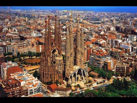 Barcelone - La Sagrada Familia - YouTube