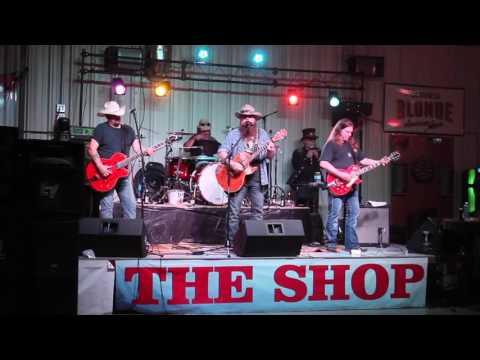 Dallas Moore - Beats All I've Ever Seen