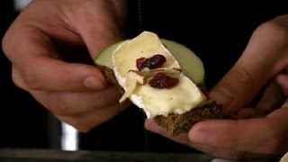 Brie Appetizer With Cranberries & Almonds : Delectable Recipes