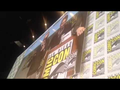 Cast Of Fantastic Four, X-Men, Deadpool Make Selfie - Comic Con #SDCC
