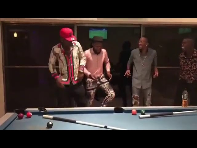 Asamoah Gyan, Kalybos, Level GH & Lilwin doing a choreography to 'Maame Hwɛ'