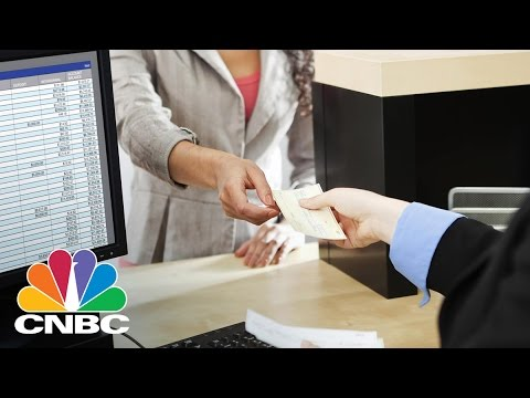 Community Bank CEOs To Meet President Donald Trump | CNBC