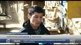 Ремесленник наладил производство деревянных изделий в Туркестанской области