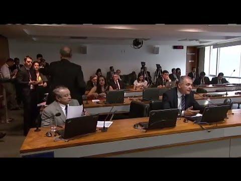 Relatório da MP sobre venda direta do petróleo do pré-sal pode ser votado nesta quarta - 10/04/2018