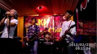 Band lokal Serang. CAHAYA band. Cinta Abadi