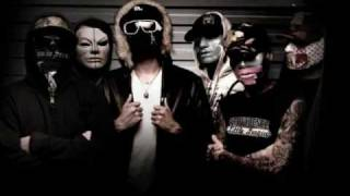 Hollywood Undead - Bottle And A Gun With lyrics