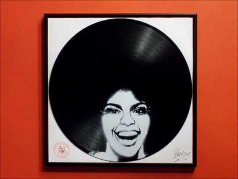 JAMES BROWN - To Funky Drummer - (REMIX)