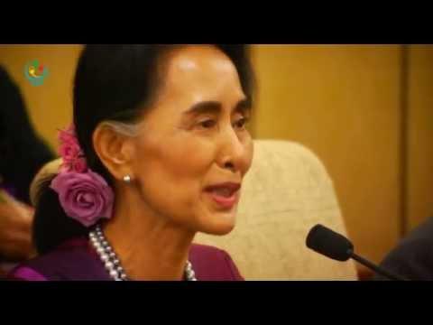 Myanmar State Counsellor Daw Aung San Suu Kyi meets Chinese President Xi Jinping