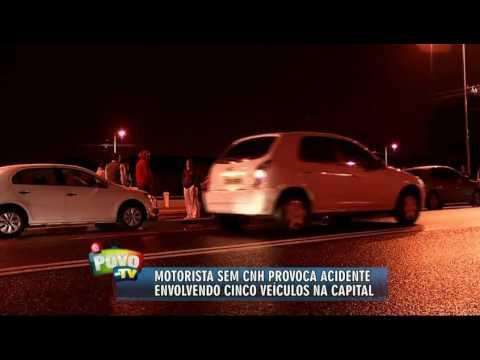 Motorista sem CNH provoca engavetamento na Duque de Caxias
