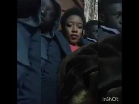 La femme de Pape Malick Mbaye et son fils chantent Al Amine... Regardez!