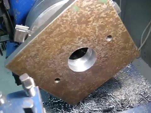 Как просверлить отверстие большого диаметра в толстой стальной плите?