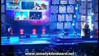 Ismail YK - 2009 Yilinin Arabesk Fantazi Sanatcisi Ödülünü Alirken (Müyap Ödül Gecesi)