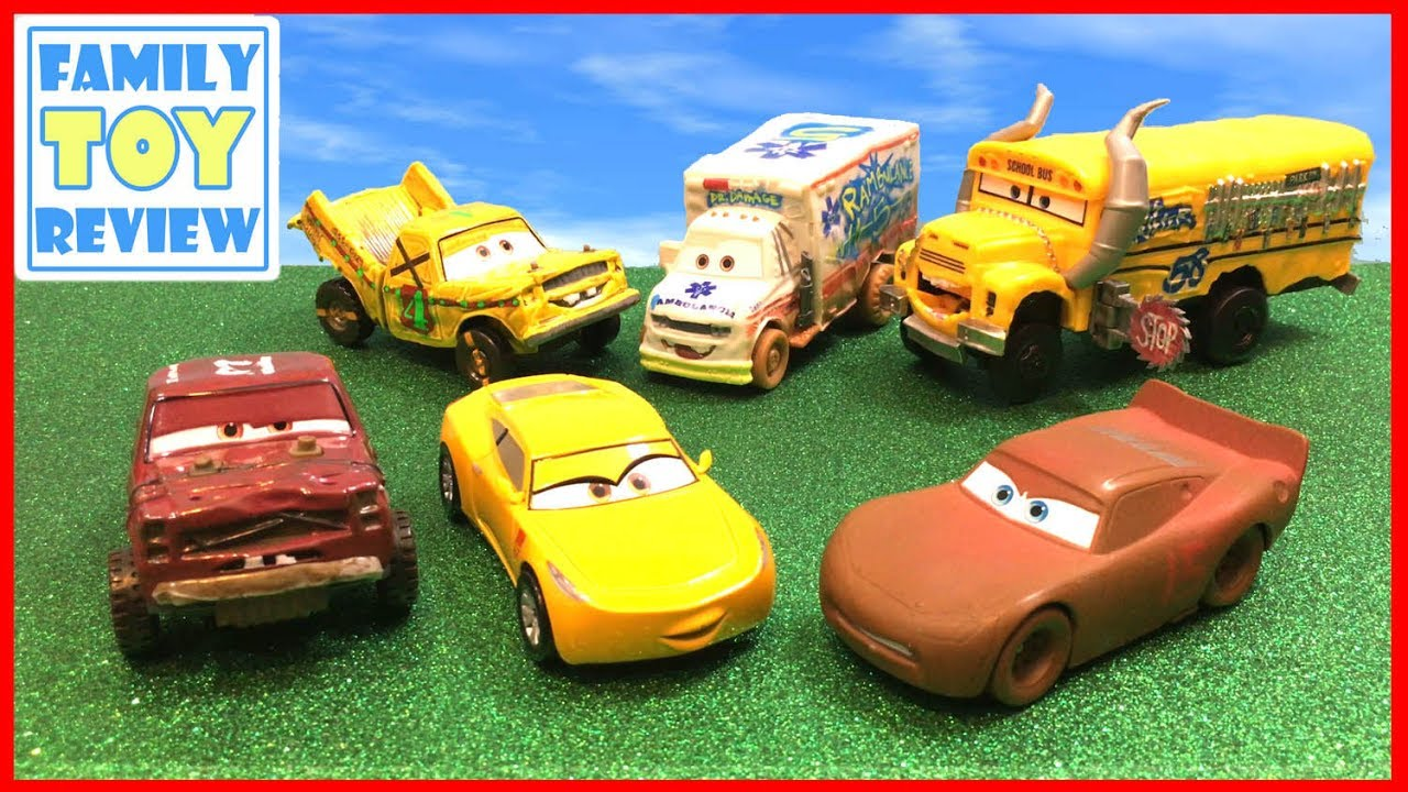Disney cars 3 toys learning video learn about miss fritter the thunder hollow demo derby - Coloriage cars 3 thunder hollow ...