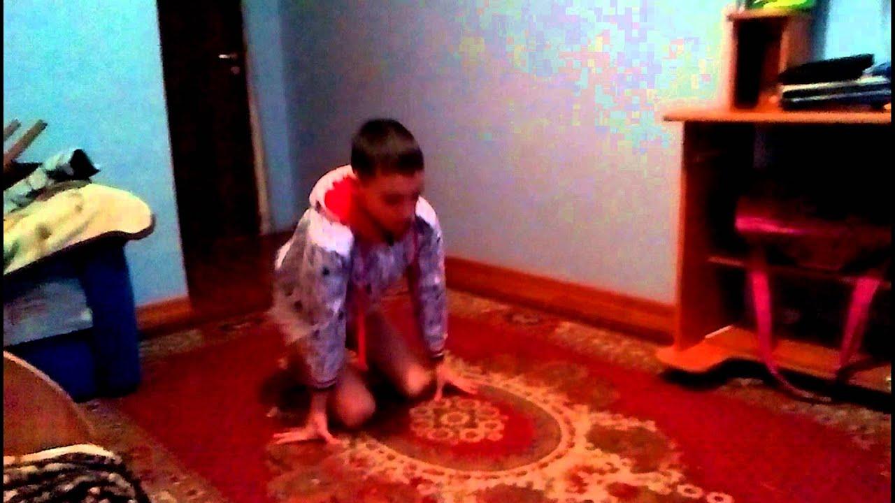 Как научиться стоять на руках за 1 день в домашних условиях