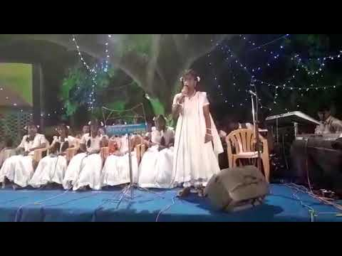 Tamil Christian Songs Roja Pookalai Cute Singing Pavi Music By Melkis