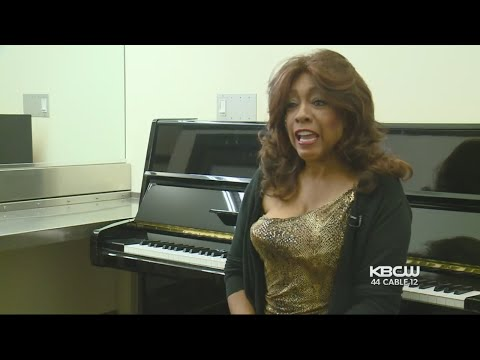 Founder Of The Supremes Remembers Aretha Franklin Before SF Benefit Appearance