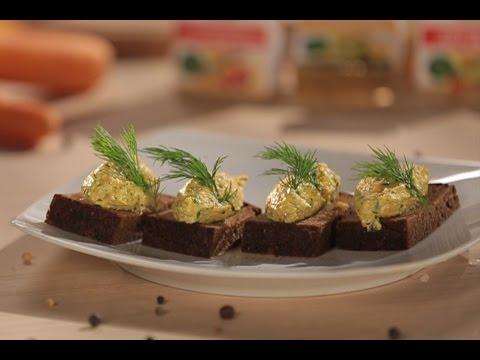 Salat mit Croutons und Mais