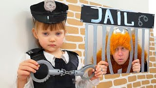 NastyaPlay Dad and Mom Pretend Play Police