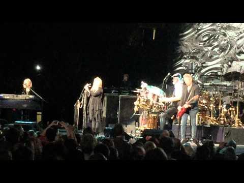 Gypsy (Story of Gypsy) | Fleetwood Mac | Toronto - Feb 2015