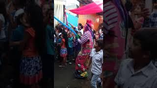 Xiomara el baile de colegios Bautista ebeneser