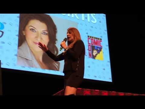 Driving and Crashing The Enterprise  Marina Sirtis Panel  Dublin Comic Con