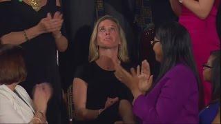 Rede vor dem US-Kongress: Witwe von US-Soldat weint bei Trumps Worten