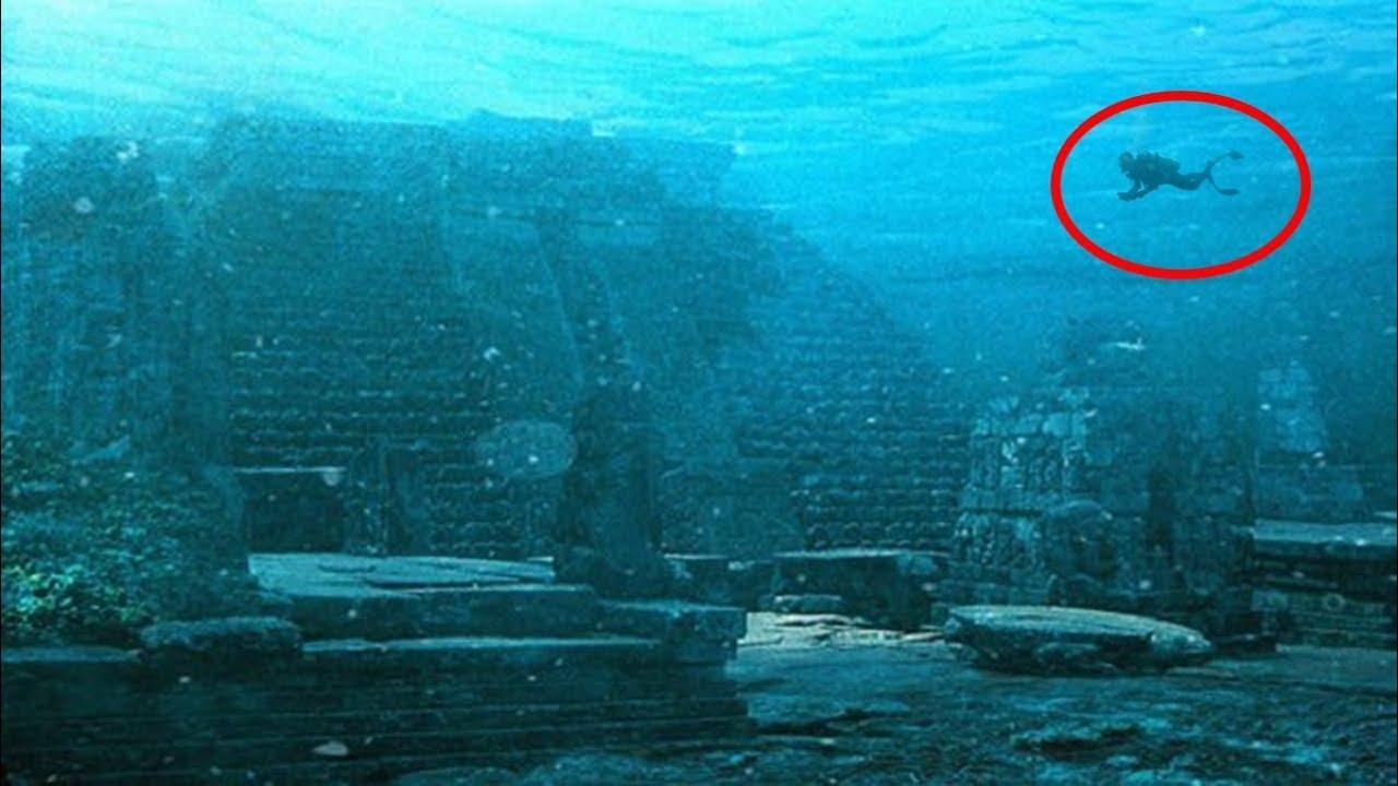 En el fondo del mar ciudad